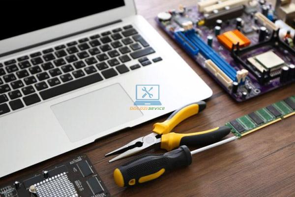 Địa chỉ sửa laptop uy tín tphcm