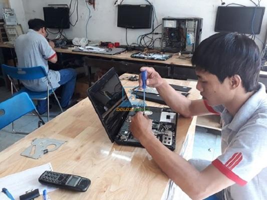 Sửa máy tính ở Quận 11